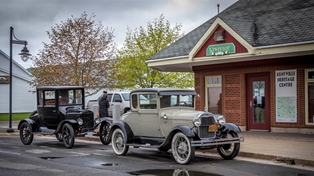 Photograph of Kentville Heritage Centre and antique cars